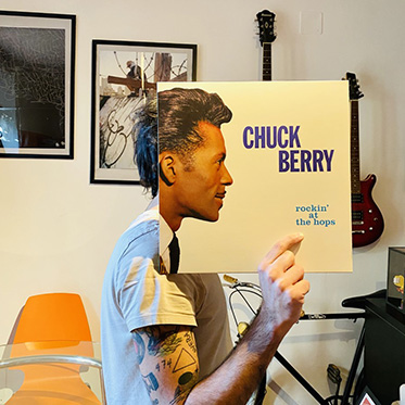 chuck berry rockin at the hops copertina disco